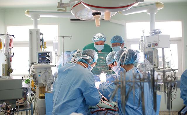 Bệnh viện Trung ương Huế: Khẳng định thương hiệu để vươn tầm quốc tế - Ảnh 2.