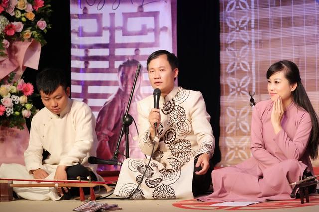 Khán giả thích thú với album xẩm 'Trách ông Nguyệt Lão' của Nguyễn Quang Long - Ảnh 3.