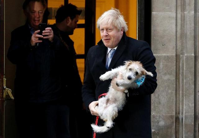 """Bầu cử Anh: Thủ tướng Johnson """"nín thờ"""" chờ xác nhận chiến thắng và loạt thách thức cho Brexit - Ảnh 1."""