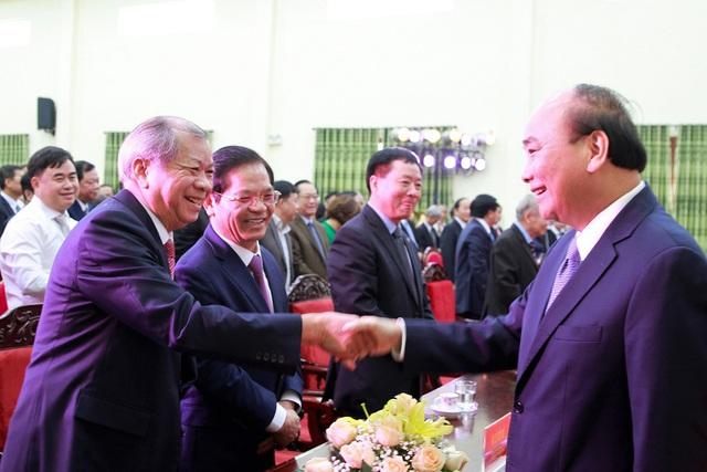 Thủ tướng trao Huân chương Lao động hạng Nhất cho Học viện Chính trị khu vực III - Ảnh 1.