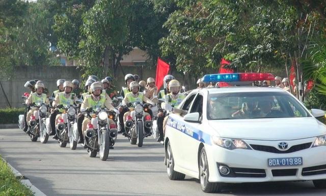 Công an tỉnh Quảng Bình ra mắt lực lượng 141QB.