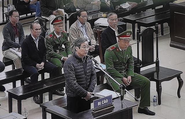 Cựu Bộ trưởng Nguyễn Bắc Son bất ngờ thay đổi lời khai, không thừa nhận đã nhận 3 triệu USD từ Phạm Nhật Vũ - Ảnh 1.