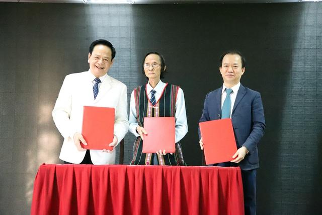 Viện Văn hóa Nghệ thuật quốc gia Việt Nam tiếp nhận tài trợ 20 tỷ đầu tư và phát huy giá trị di sản văn hóa dân tộc - Ảnh 2.