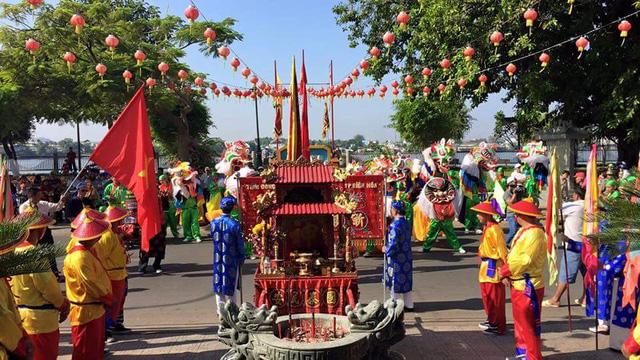 Đồng Nai: Các lễ hội đã góp phần đẩy mạnh và nâng cao đời sống văn hóa cho nhân dân - Ảnh 1.