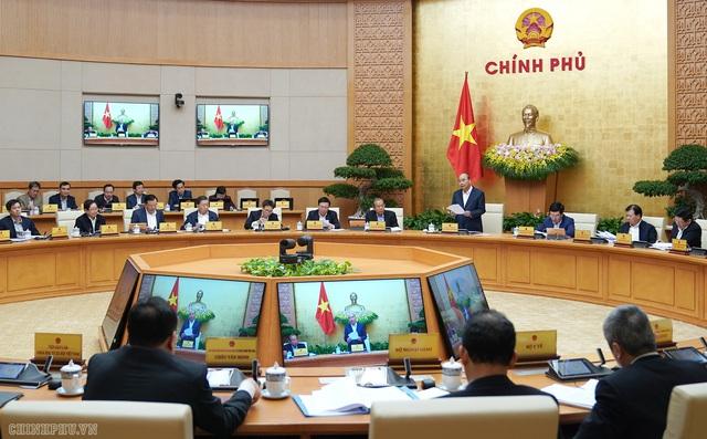 Còn 1 tháng cuối năm, Thủ tướng lưu ý các cấp, ngành không được chủ quan - Ảnh 1.
