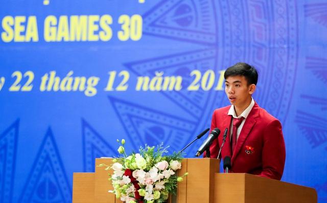 """Thủ tướng Nguyễn Xuân Phúc: """"Hình ảnh lá cờ đỏ sao vàng được kéo lên tại SEA Games đã mang lại một niềm xúc động, cảm xúc mạnh mẽ"""" - Ảnh 3."""