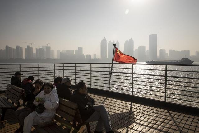 Giữa sóng gió thương chiến, Trung Quốc tính cuộc chấn động lớn - Ảnh 1.