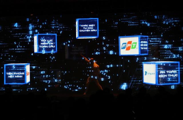 Hình ảnh Thủ tướng Nguyễn Xuân Phúc dự Hội nghị tổng kết ngành Thông tin và Truyền thông - Ảnh 3.