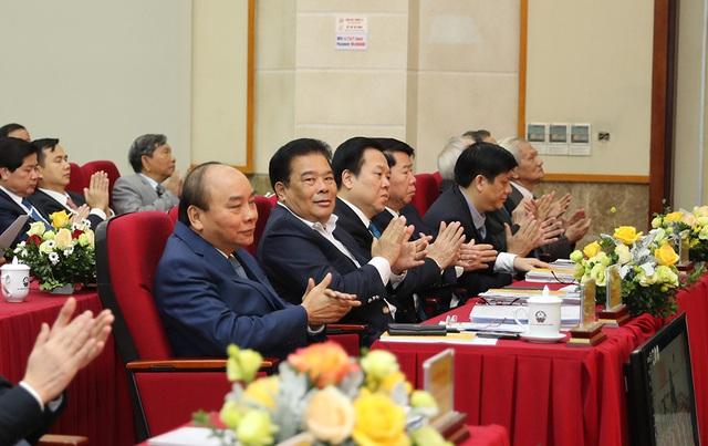 Hình ảnh Thủ tướng Nguyễn Xuân Phúc dự Hội nghị tổng kết ngành Thông tin và Truyền thông - Ảnh 6.