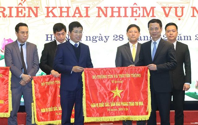 Hình ảnh Thủ tướng Nguyễn Xuân Phúc dự Hội nghị tổng kết ngành Thông tin và Truyền thông - Ảnh 10.