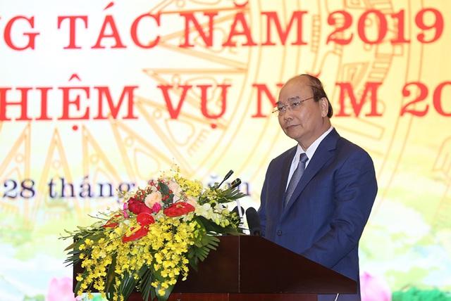Hình ảnh Thủ tướng Nguyễn Xuân Phúc dự Hội nghị tổng kết ngành Thông tin và Truyền thông - Ảnh 11.