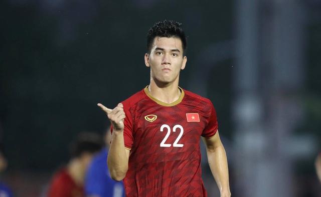 Thẳng tiến bán kết, U22 Việt Nam biến Thái Lan thành cựu vương SEA Games - Ảnh 2.