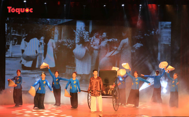 """Giới thiệu văn hóa Việt cho du khách quốc tế qua """"Áo Dài Show"""" - Ảnh 11."""