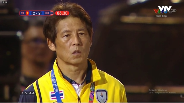 Thẳng tiến bán kết, U22 Việt Nam biến Thái Lan thành cựu vương SEA Games - Ảnh 1.
