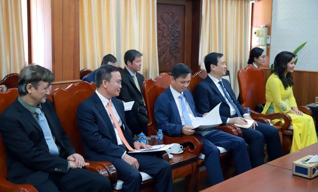 Hội đàm giữa Bộ trưởng Bộ VHTT&DL VN và Bộ trưởng Bộ GD&TT Lào. - Ảnh 5.