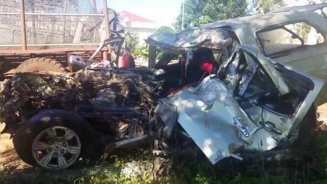 Gia Lai: Hai ô tô đấu đầu, 6 người thương vong - Ảnh 1.