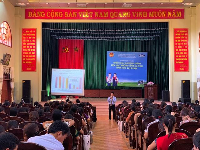 Tỉnh Hà Nam tổ chức lễ phát động chương trình Sữa học đường - Ảnh 2.