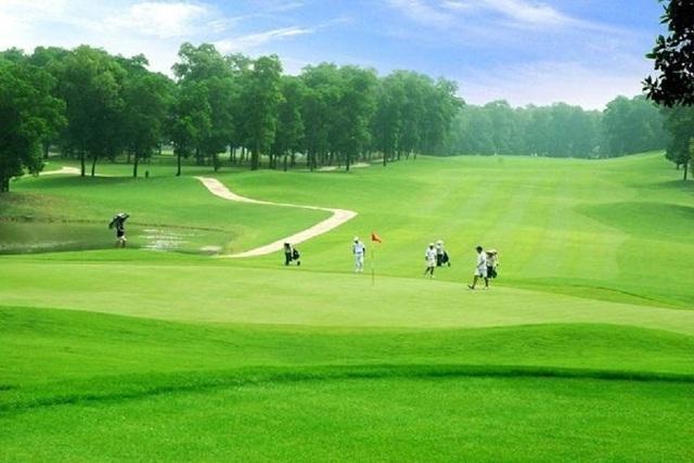 Phó Thủ tướng phê duyệt chủ trương đầu tư 2 dự án sân golf - Ảnh 1.