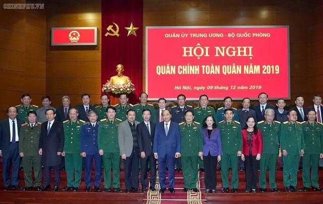 Thủ tướng dự Hội nghị quân chính toàn quân 2019 - Ảnh 1.