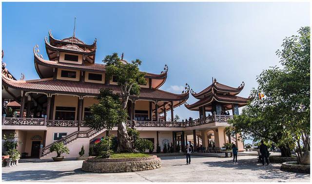 Đầu xuân về chiêm bái ngôi chùa  được xây dựng nơi cửa ải vùng Đông Bắc của Tổ quốc - Ảnh 6.