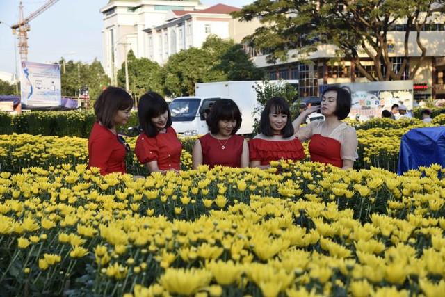 Khách du lịch đến Đắk Lắk dịp Tết Nguyên Đán Kỷ Hợi tăng mạnh - Ảnh 1.