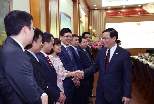 Phó Thủ tướng Vương Đình Huệ thăm, làm việc tại Uỷ ban Quản lý vốn nhà nước  - Ảnh 2.