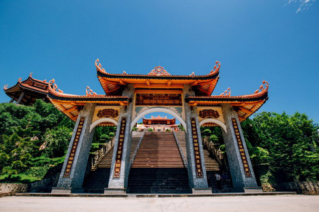 Đầu xuân về chiêm bái ngôi chùa  được xây dựng nơi cửa ải vùng Đông Bắc của Tổ quốc - Ảnh 3.