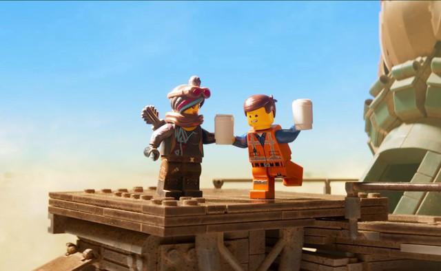 Lego Movie 2 đứng đầu doanh thu phòng vé tuần qua với dàn anh hùng nhà DC - Ảnh 3.