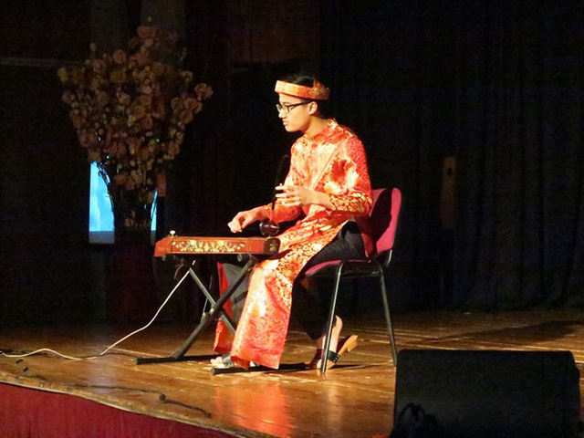 Quảng bá văn hóa Việt tại trường học Hungary - Ảnh 2.