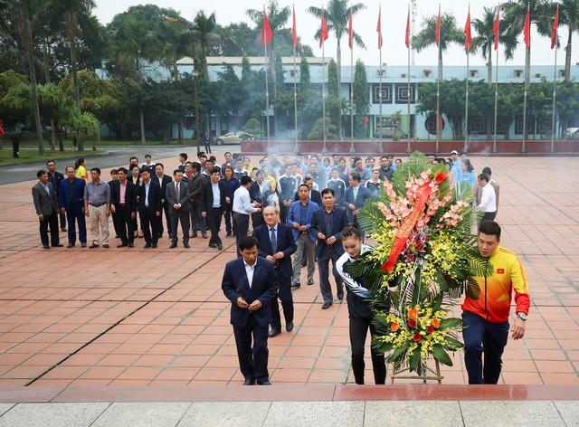 Hình ảnh Bộ trưởng Nguyễn Ngọc Thiện thăm và chúc Tết các VĐV, HLV  - Ảnh 9.