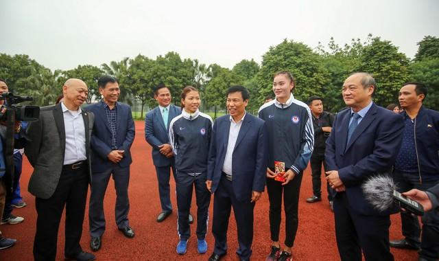 Hình ảnh Bộ trưởng Nguyễn Ngọc Thiện thăm và chúc Tết các VĐV, HLV  - Ảnh 5.