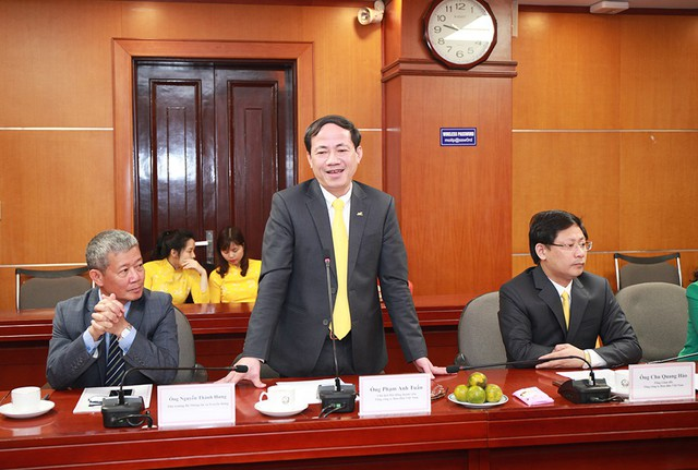Bộ Công Thương và Bưu điện Việt Nam hợp tác đẩy nhanh quá trình cải cách thủ tục hành chính - Ảnh 4.
