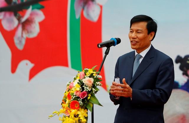 """Bộ trưởng Nguyễn Ngọc Thiện dự Ngày hội """"Sắc Xuân trên mọi miền Tổ quốc"""" 2019   - Ảnh 2."""