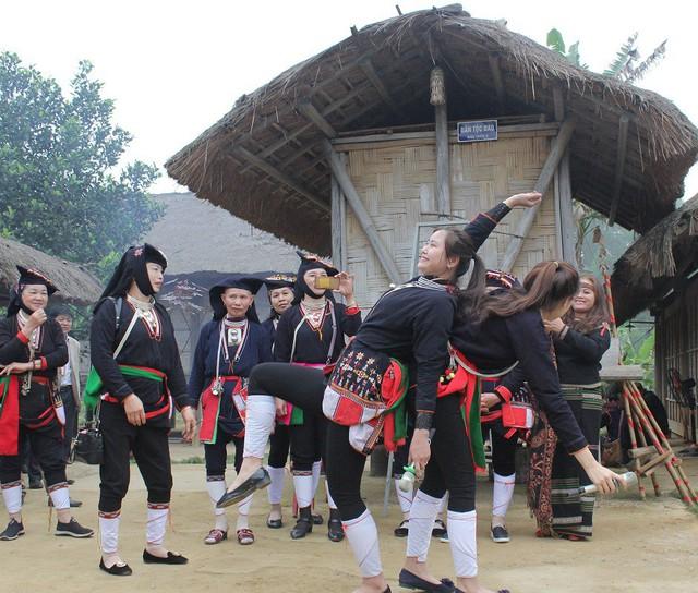 Độc đáo Tết Nhảy của đồng bào Dao tại Ngôi nhà chung - Ảnh 3.