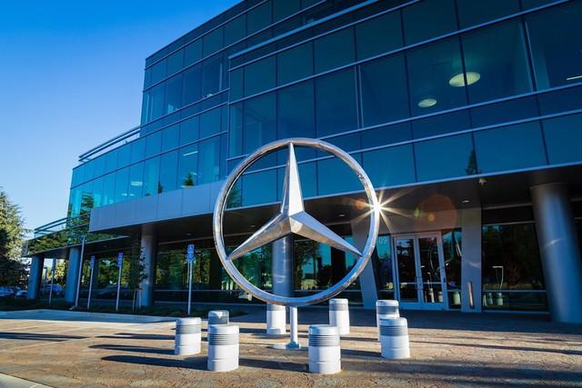 10 thương hiệu ôtô đắt giá nhất thế giới 2019 - Ảnh 1.