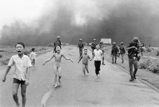 Sau gần 50 năm, Em bé Napalm vẫn là một biểu tượng chống chiến tranh, cổ vũ cho hòa bình - Ảnh 2.