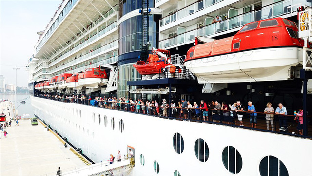 Cảng tàu khách quốc tế Hạ Long: Cú hích đưa du lịch tàu biển Việt Nam cất cánh - Ảnh 1.