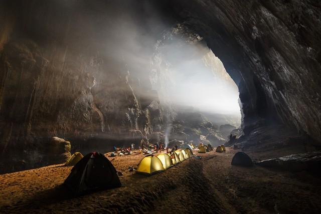 Hang Sơn Đoòng được bình chọn một trong những điểm du lịch tuyệt vời nhất trên thế giới - Ảnh 3.