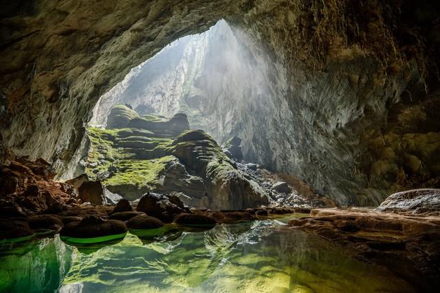 Hang Sơn Đoòng được bình chọn một trong những điểm du lịch tuyệt vời nhất trên thế giới - Ảnh 1.