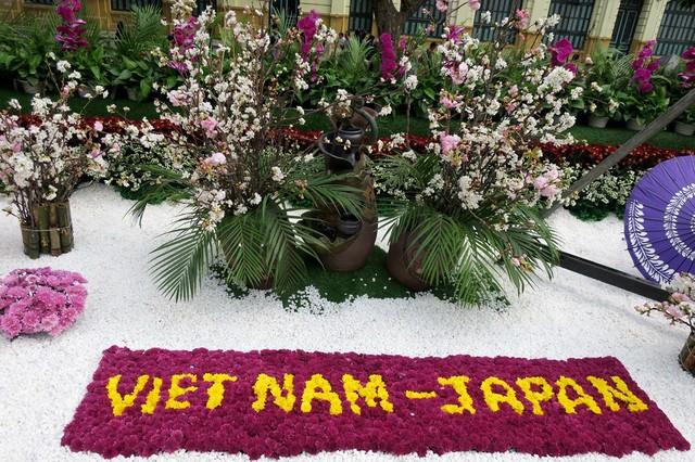 Sẽ mô phỏng các kỳ quan thiên nhiên thế giới bằng hoa anh đào tại Lễ hội hoa Anh đào Nhật Bản – Hà Nội 2019 - Ảnh 1.