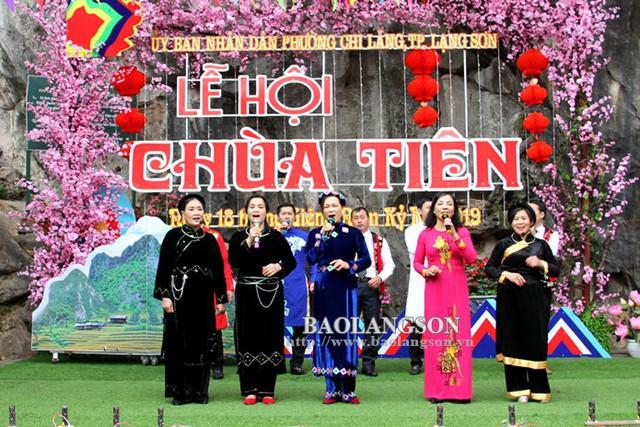 Tưng bừng lễ hội Chùa Tiên năm 2019 - Ảnh 1.