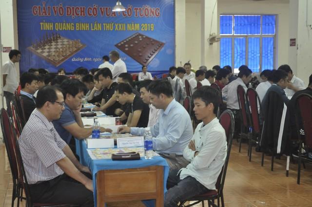 Các kỳ thủ bắt đầu thi đấu ván thứ 1. Nguồn: Sở VH&TT tỉnh Quảng Bình