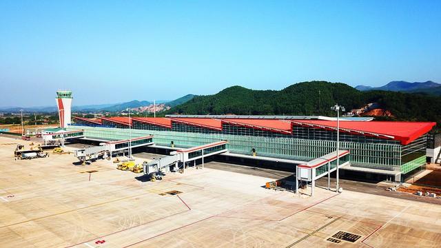 Sân bay Vân Đồn xúc tiến hoạt động mở đường bay quốc tế - Ảnh 3.