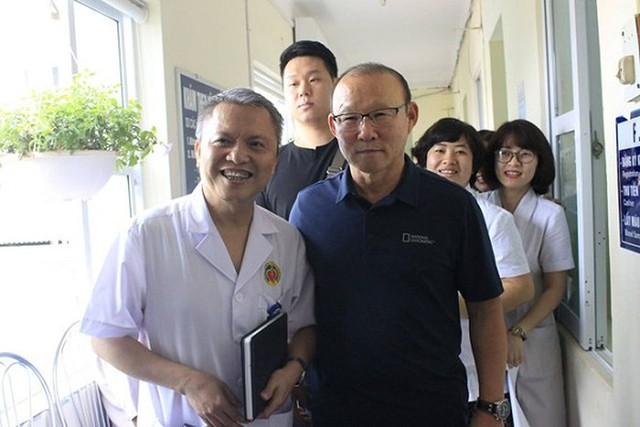"""Bộ Y tế mời HLV Park Hang-seo làm đại sứ thiện chí chương trình """"Sức khỏe Việt Nam"""" - Ảnh 1."""