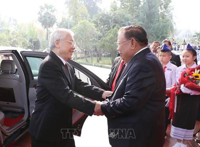 Tổng Bí thư, Chủ tịch nước Nguyễn Phú Trọng hội đàm với Tổng Bí thư, Chủ tịch nước CHDCND Lào - Ảnh 1.