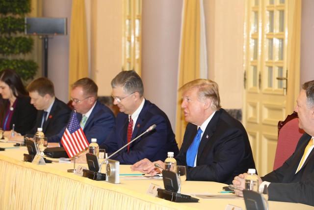Clip, hình ảnh Tổng thống Donald Trump được đón tiếp trang trọng tại Phủ Chủ tịch - Ảnh 6.