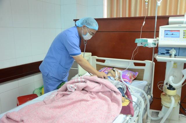 Xuân ấm áp cho các bệnh nhân phải ở lại bệnh viện ăn Tết - Ảnh 3.