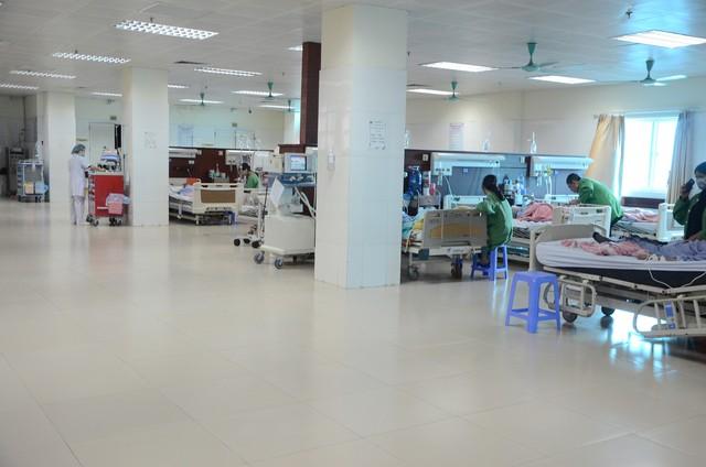 Xuân ấm áp cho các bệnh nhân phải ở lại bệnh viện ăn Tết - Ảnh 4.