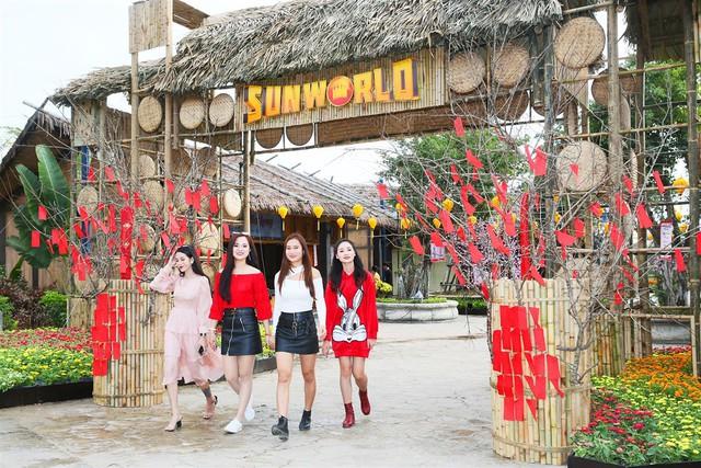 Mê mẩn không gian tết rực rỡ tại lễ hội hoa Sun World Halong Complex - Ảnh 1.