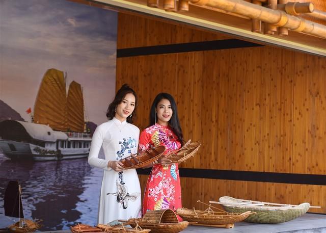 Mê mẩn không gian tết rực rỡ tại lễ hội hoa Sun World Halong Complex - Ảnh 7.